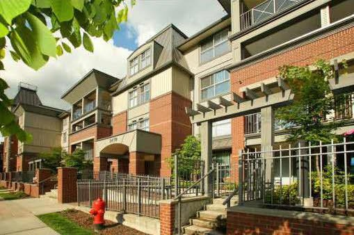 """Main Photo: 412 2478 SHAUGHNESSY Street in Port Coquitlam: Central Pt Coquitlam Condo for sale in """"SHAUGHNESSY EAST"""" : MLS®# R2102568"""
