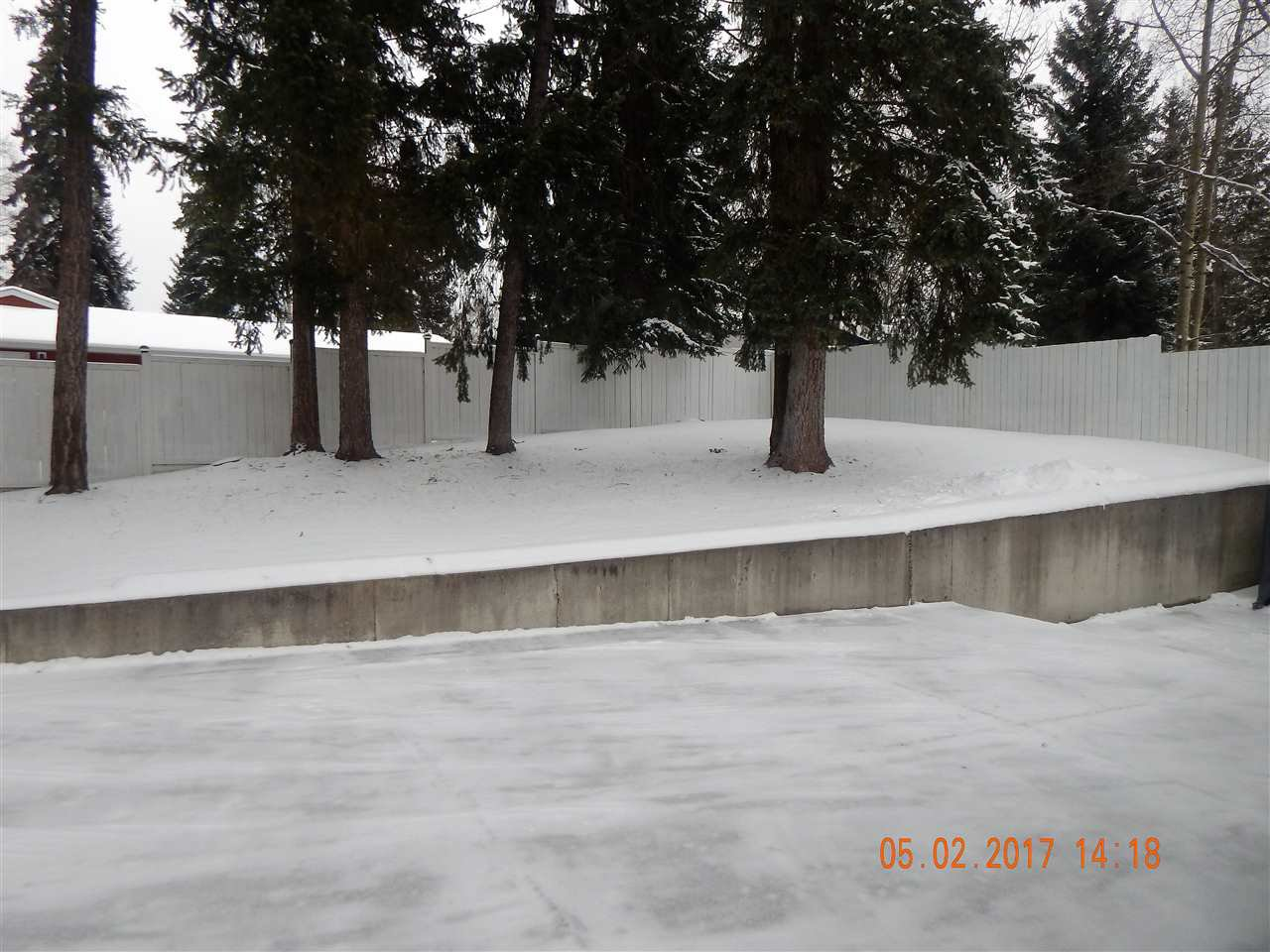 Photo 17: Photos: 5240 YORK Place in Prince George: Upper College House for sale (PG City South (Zone 74))  : MLS®# R2129510