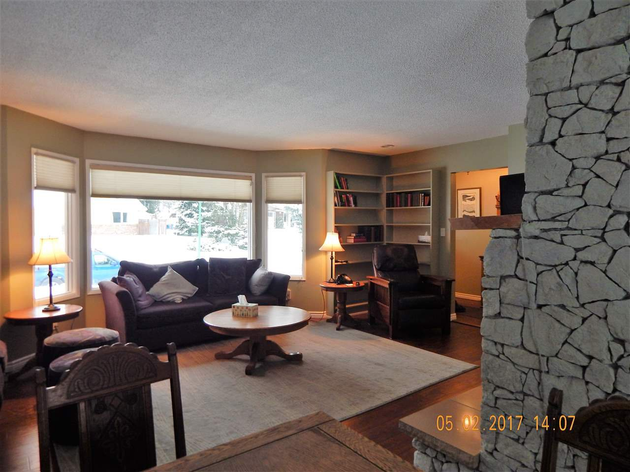 Photo 9: Photos: 5240 YORK Place in Prince George: Upper College House for sale (PG City South (Zone 74))  : MLS®# R2129510