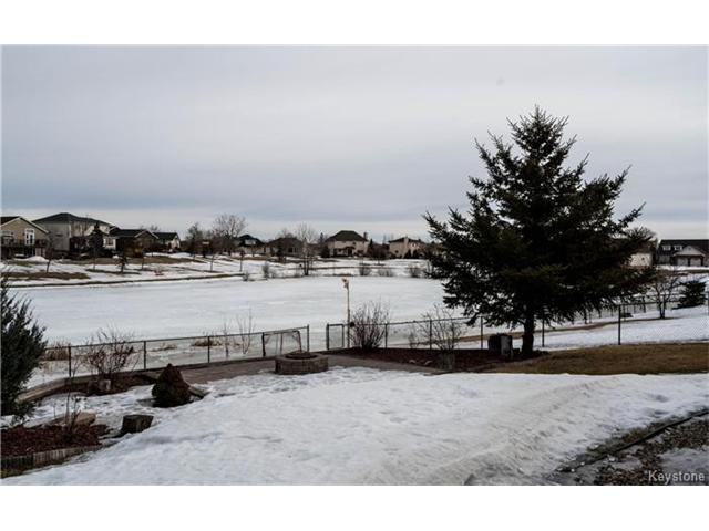 Photo 19: Photos: 35 Royal Park Crescent in Winnipeg: Southland Park Residential for sale (2K)  : MLS®# 1706238