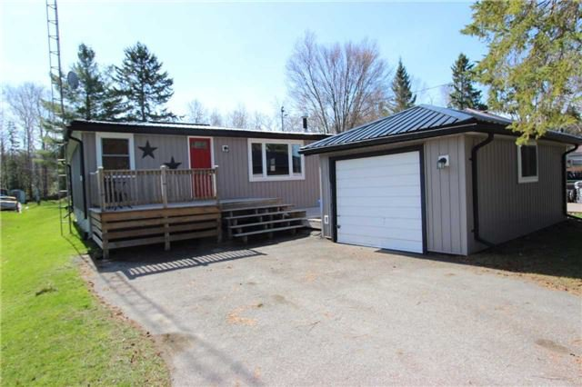 Main Photo: 49 Antiquary Beach Road in Kawartha Lakes: Rural Eldon House (Bungalow) for sale : MLS®# X3780240