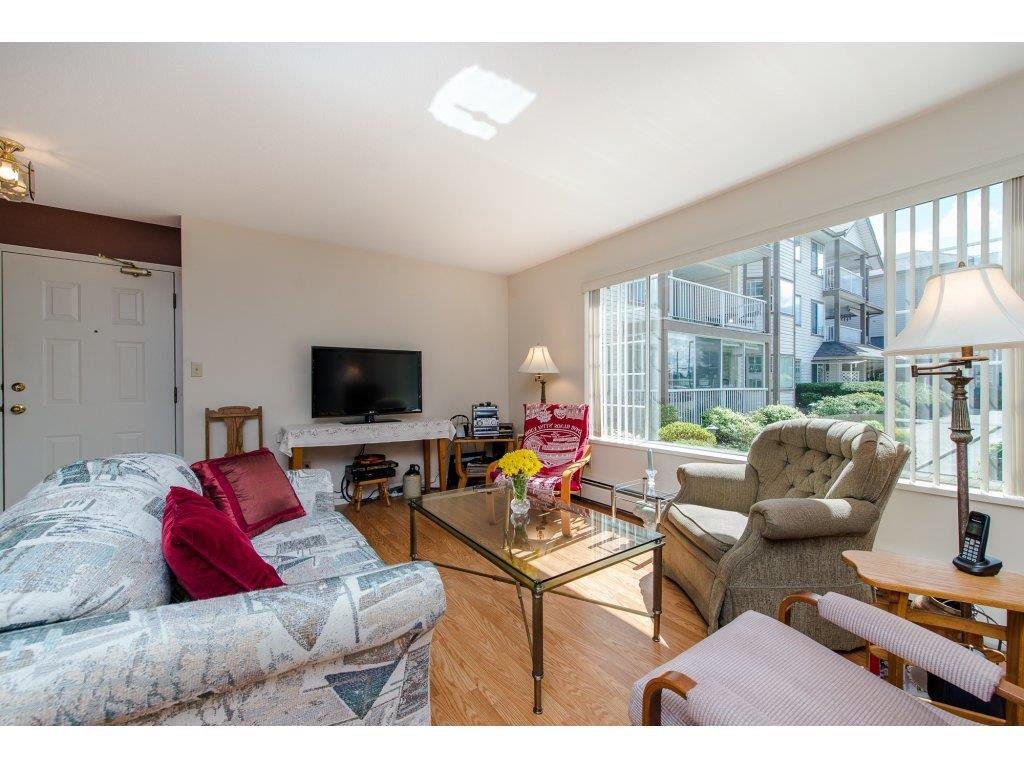"Photo 4: Photos: 110 32145 OLD YALE Road in Abbotsford: Abbotsford West Condo for sale in ""CYPRESS PARK"" : MLS®# R2160674"