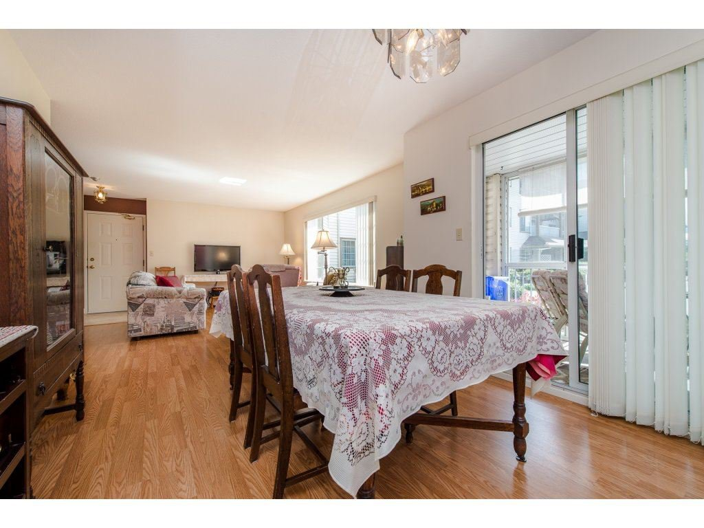 "Photo 8: Photos: 110 32145 OLD YALE Road in Abbotsford: Abbotsford West Condo for sale in ""CYPRESS PARK"" : MLS®# R2160674"