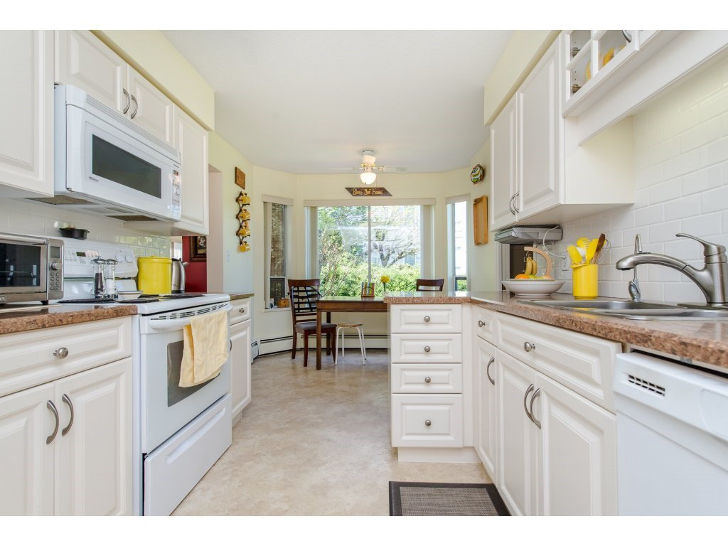 "Photo 11: Photos: 110 32145 OLD YALE Road in Abbotsford: Abbotsford West Condo for sale in ""CYPRESS PARK"" : MLS®# R2160674"