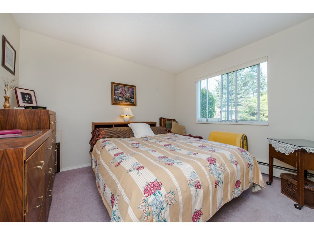"Photo 15: Photos: 110 32145 OLD YALE Road in Abbotsford: Abbotsford West Condo for sale in ""CYPRESS PARK"" : MLS®# R2160674"