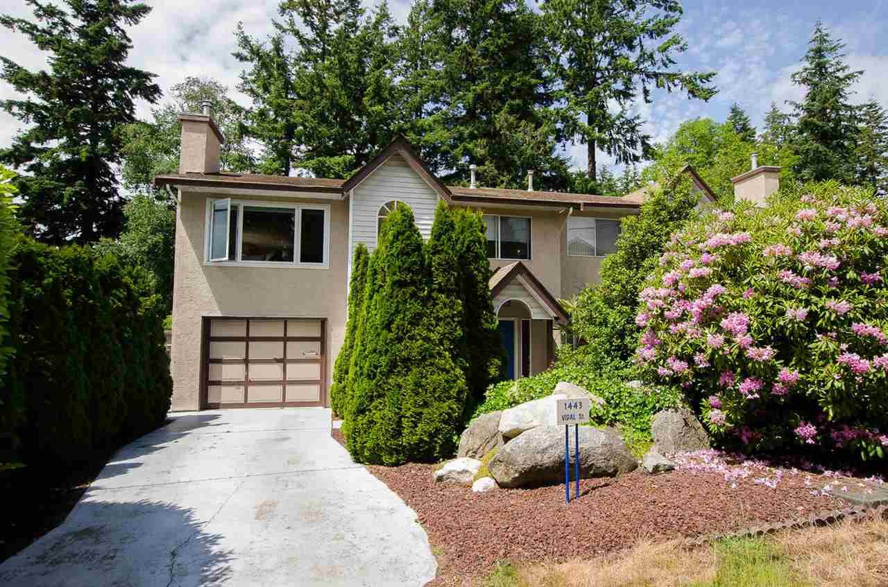 Main Photo: 1443 VIDAL Street: White Rock House 1/2 Duplex for sale (South Surrey White Rock)  : MLS®# R2173931