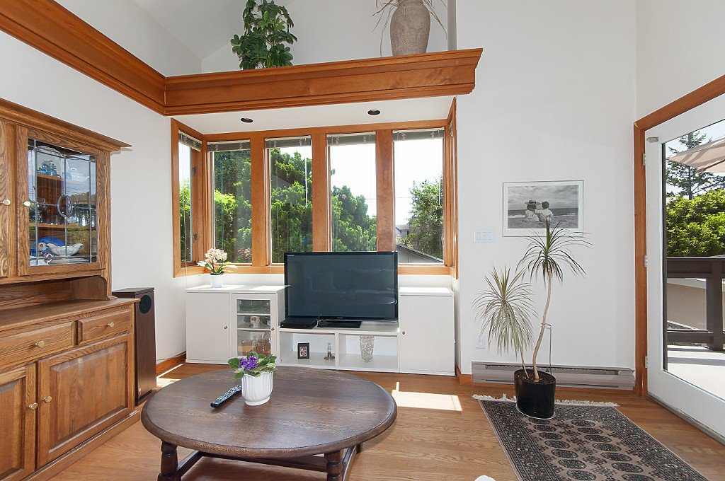 Photo 8: Photos: 4028 W 19TH Avenue in Vancouver: Dunbar House for sale (Vancouver West)  : MLS®# R2175110