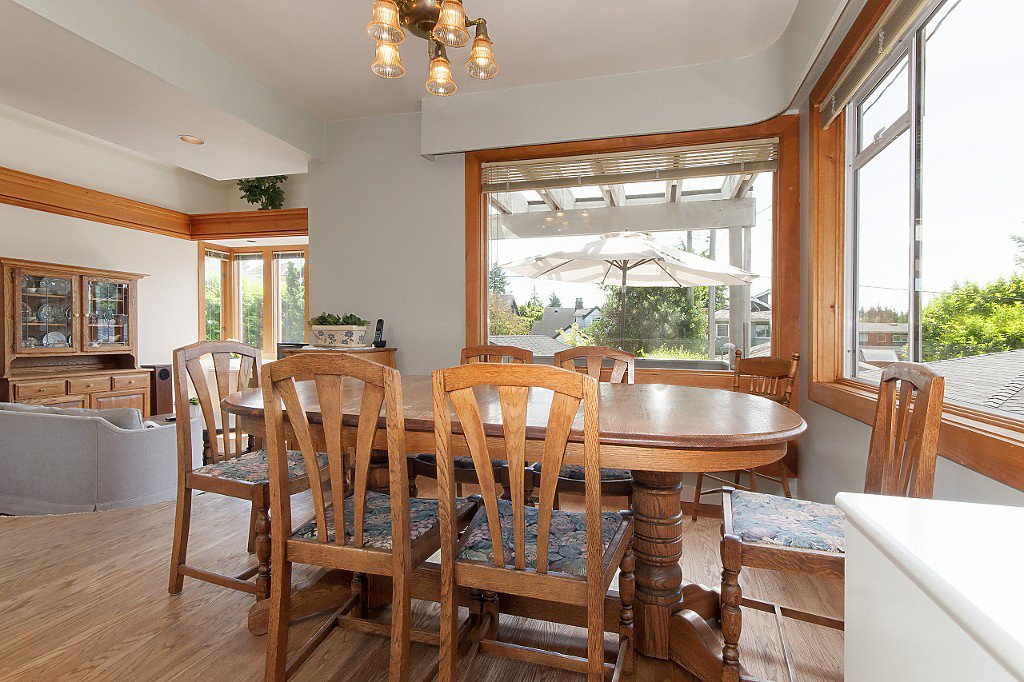 Photo 7: Photos: 4028 W 19TH Avenue in Vancouver: Dunbar House for sale (Vancouver West)  : MLS®# R2175110