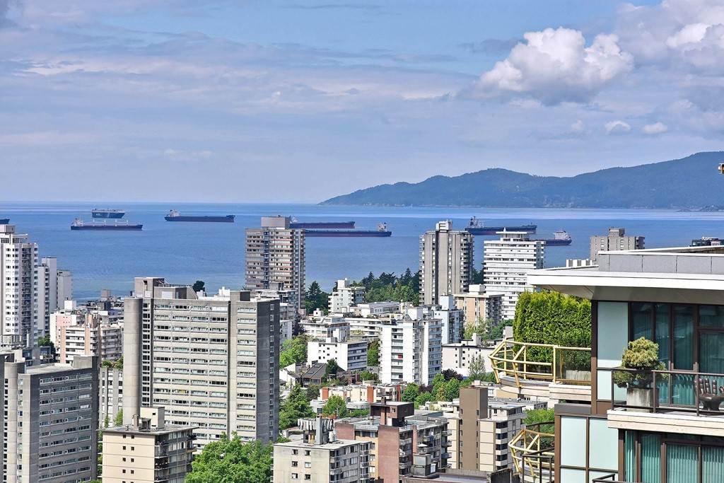 Main Photo: 3101 1331 ALBERNI STREET in Vancouver: West End VW Condo for sale (Vancouver West)  : MLS®# R2176679