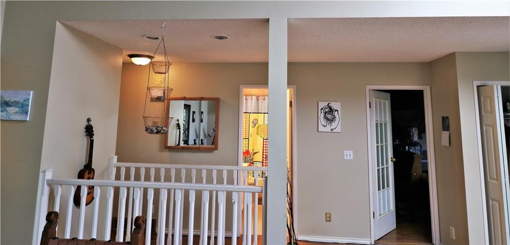 Photo 21: Photos: 3131 107 Avenue SW in Calgary: Cedarbrae House for sale : MLS®# C4124878