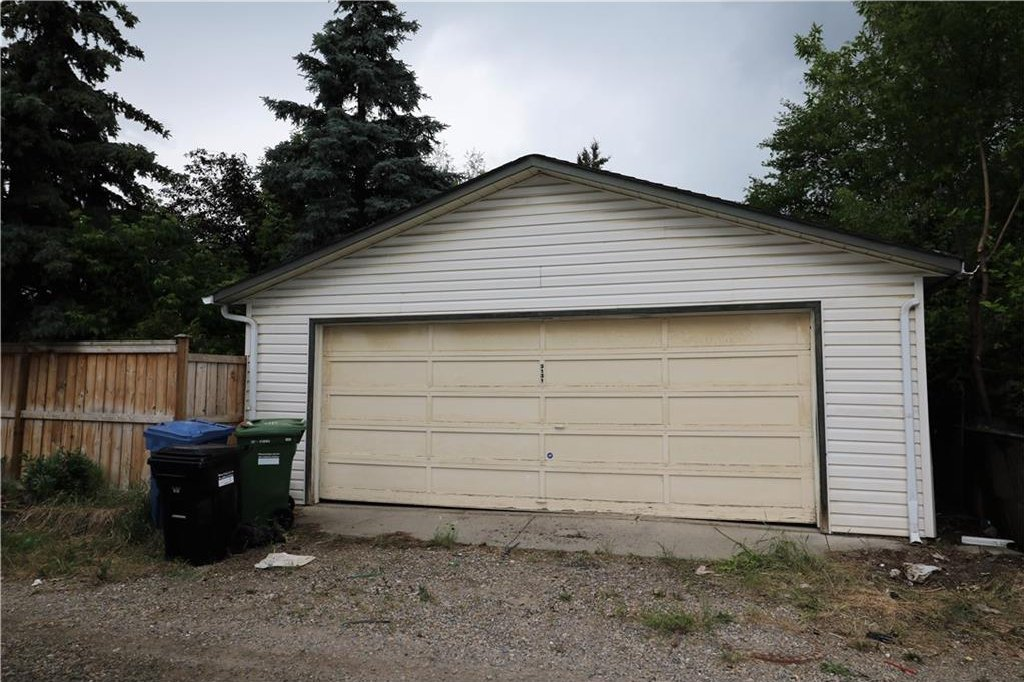 Photo 36: Photos: 3131 107 Avenue SW in Calgary: Cedarbrae House for sale : MLS®# C4124878