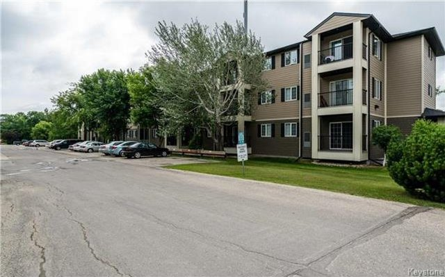 Photo 17: Photos: 701 St Anne's Road in Winnipeg: River Park South Condominium for sale (2F)  : MLS®# 1719557