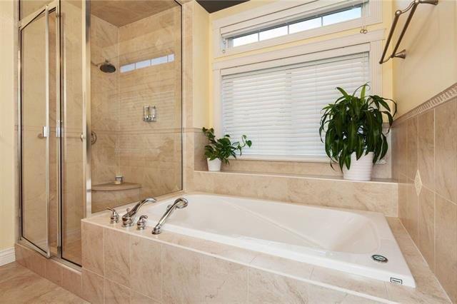 """Photo 13: Photos: 1136 SPRICE Avenue in Coquitlam: Central Coquitlam House for sale in """"COMO LAKE, CENTRAL COQUITLAM"""" : MLS®# R2201084"""