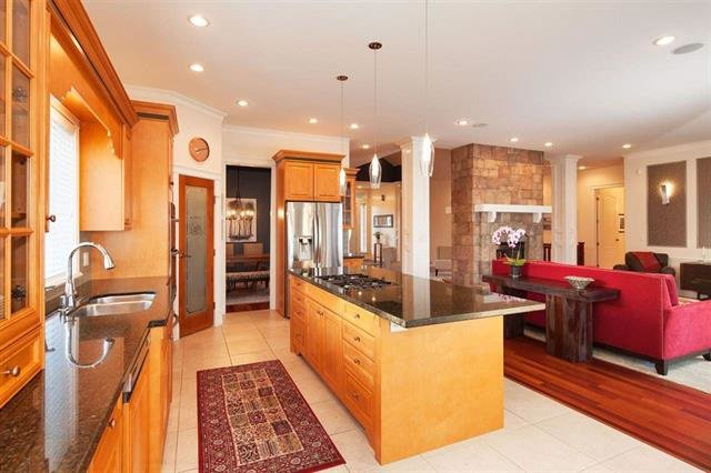 """Photo 7: Photos: 1136 SPRICE Avenue in Coquitlam: Central Coquitlam House for sale in """"COMO LAKE, CENTRAL COQUITLAM"""" : MLS®# R2201084"""