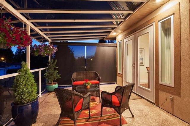 """Photo 19: Photos: 1136 SPRICE Avenue in Coquitlam: Central Coquitlam House for sale in """"COMO LAKE, CENTRAL COQUITLAM"""" : MLS®# R2201084"""