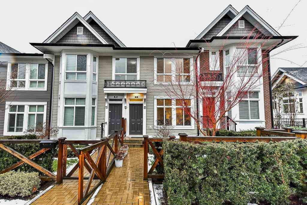 Main Photo: 9 14433 60 Avenue in Surrey: Sullivan Station Townhouse for sale : MLS®# R2227584