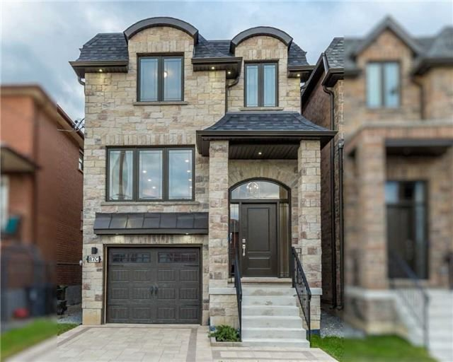 Main Photo: 87C North Bonnington Ave in Toronto: Clairlea-Birchmount Freehold for sale (Toronto E04)  : MLS®# E4018086