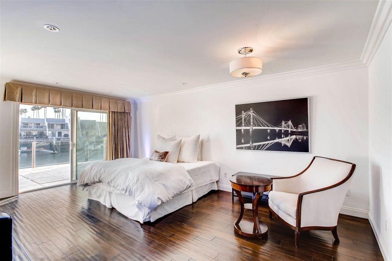 Photo 14: Photos: House for sale : 5 bedrooms : 8 GREEN TURTLE in CORONADO