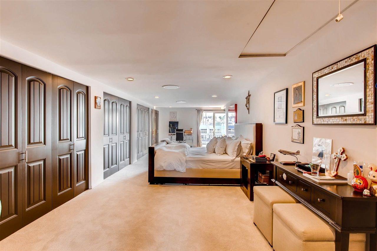 Photo 18: Photos: House for sale : 5 bedrooms : 8 GREEN TURTLE in CORONADO