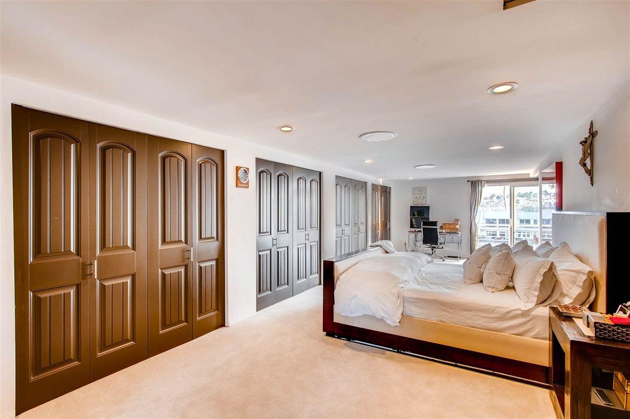 Photo 19: Photos: House for sale : 5 bedrooms : 8 GREEN TURTLE in CORONADO