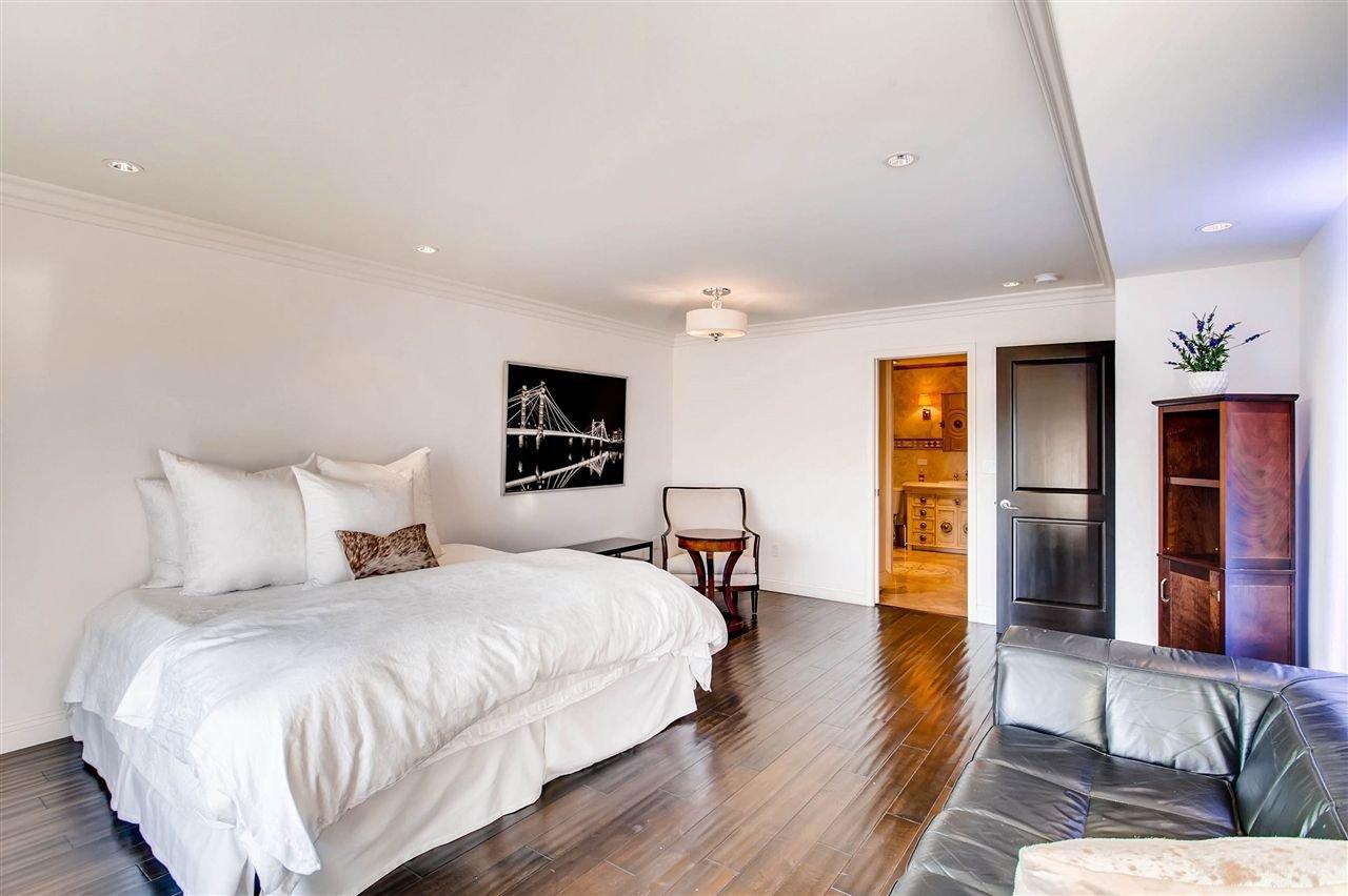 Photo 15: Photos: House for sale : 5 bedrooms : 8 GREEN TURTLE in CORONADO