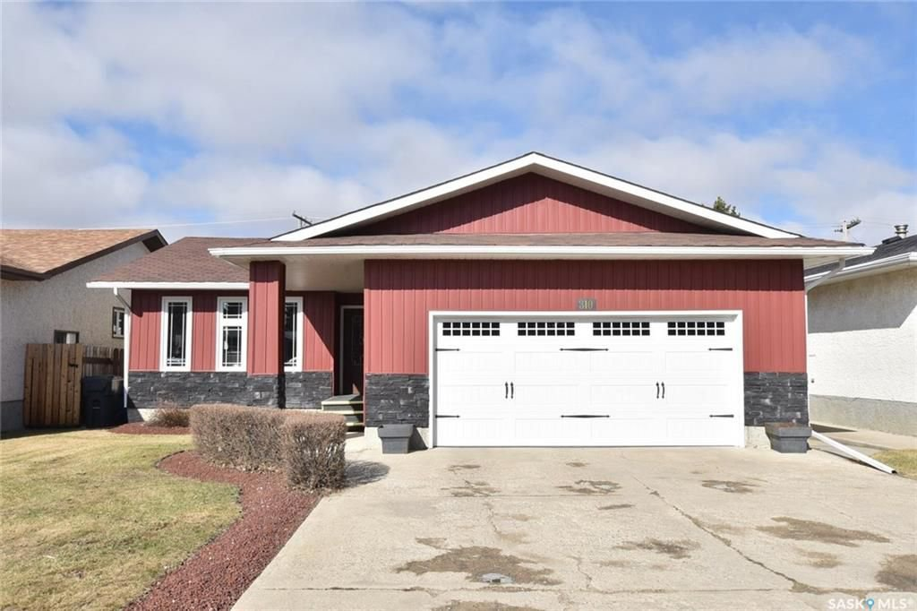 Main Photo: 310 Hawkes Street in Balgonie: Residential for sale : MLS®# SK730118