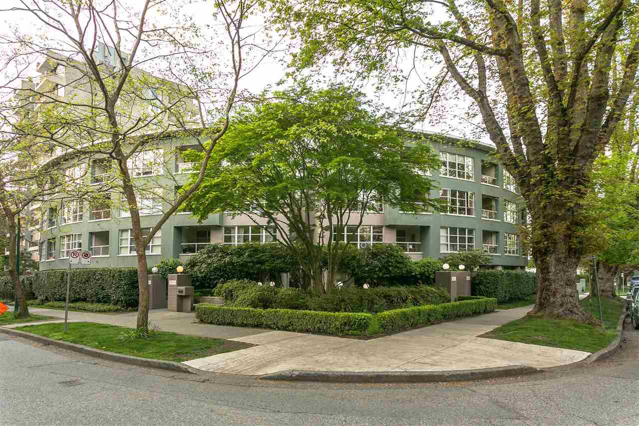 """Main Photo: 305 1705 NELSON Street in Vancouver: West End VW Condo for sale in """"THE PALLADIAN"""" (Vancouver West)  : MLS®# R2265496"""
