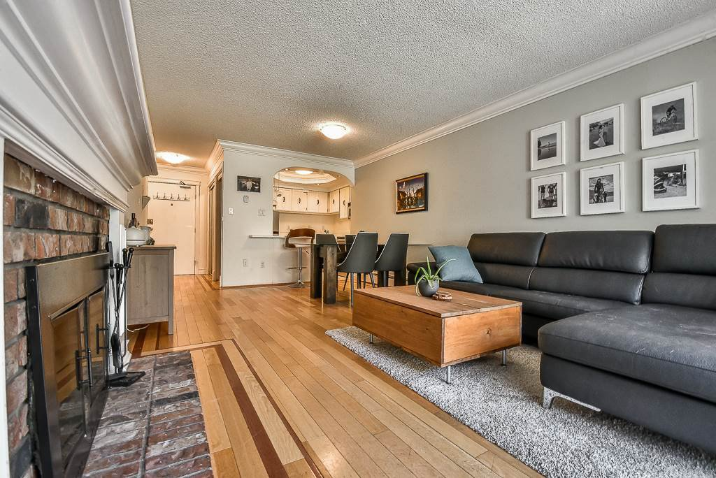 "Main Photo: 312 466 E EIGHTH Avenue in New Westminster: Sapperton Condo for sale in ""Park Villa"" : MLS®# R2268952"