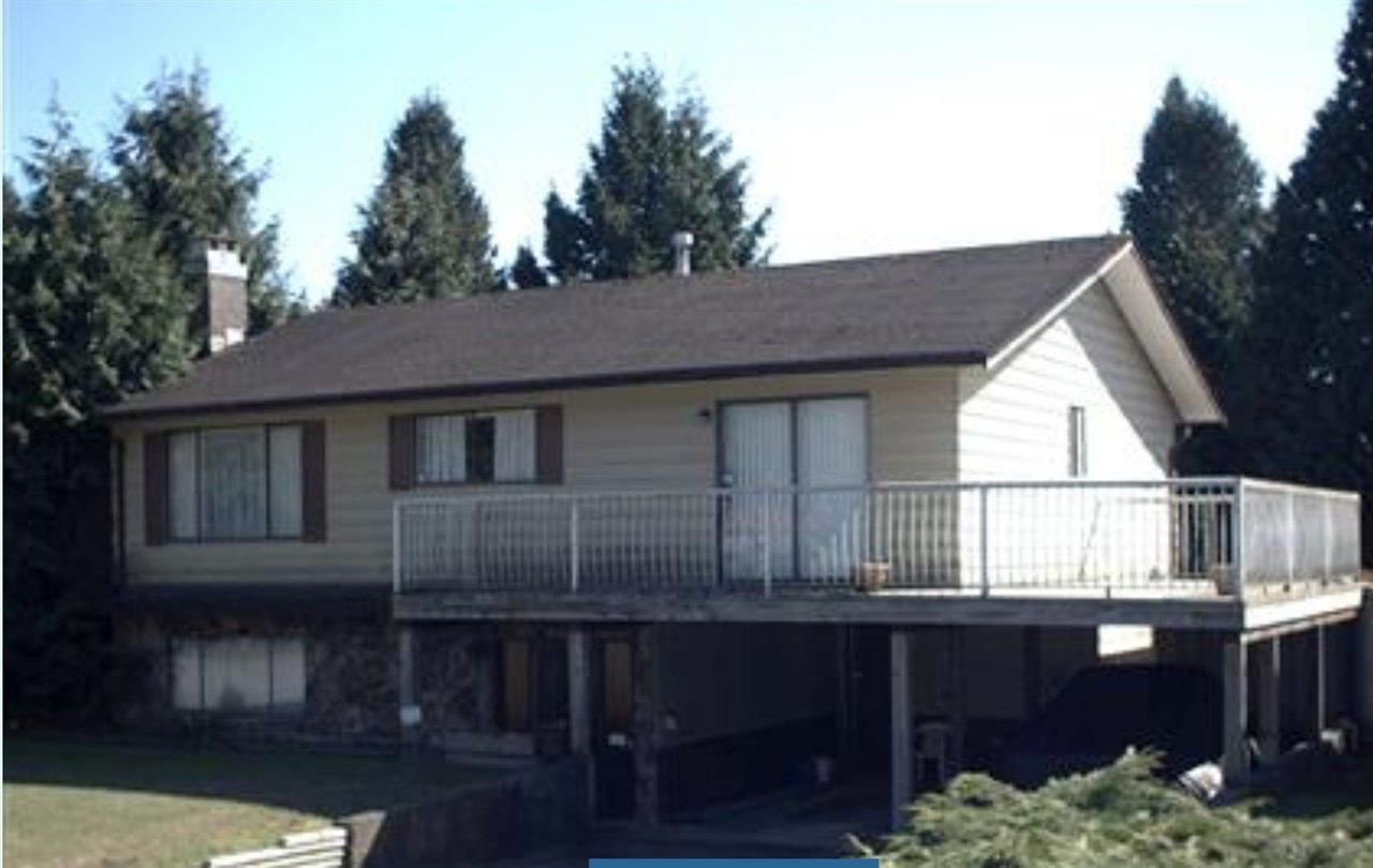 Main Photo: 11794 64B Avenue in Surrey: Sunshine Hills Woods House for sale (N. Delta)  : MLS®# R2299615