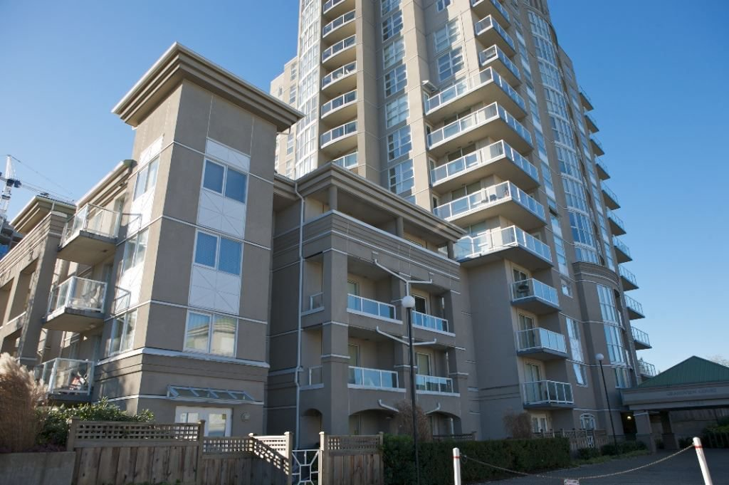 "Main Photo: 304 10523 UNIVERSITY Drive in Surrey: Whalley Condo for sale in ""GRANDVIEW COURT"" (North Surrey)  : MLS®# R2308356"