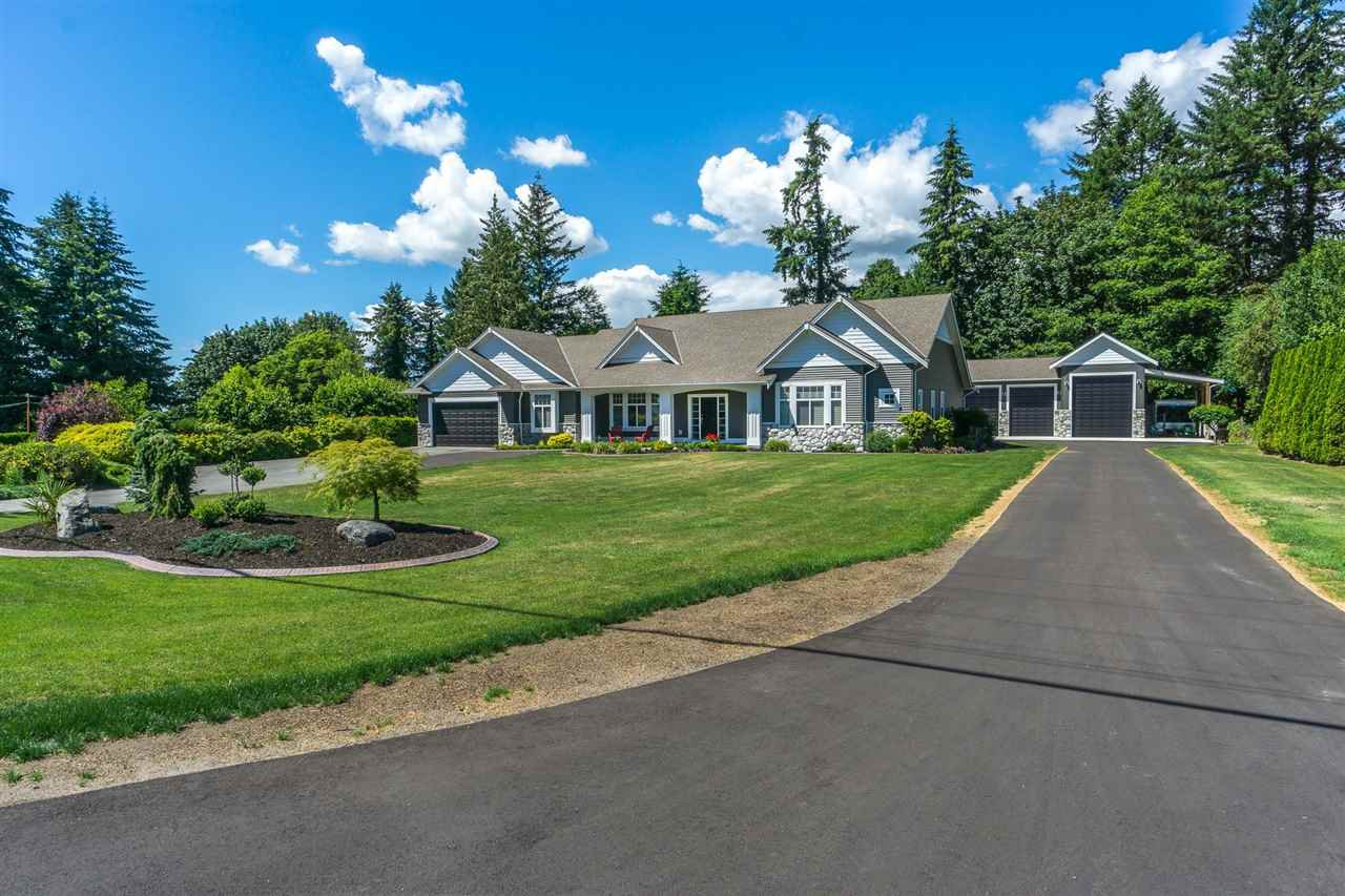 """Main Photo: 23353 47 Avenue in Langley: Salmon River House for sale in """"Salmon River"""" : MLS®# R2333888"""