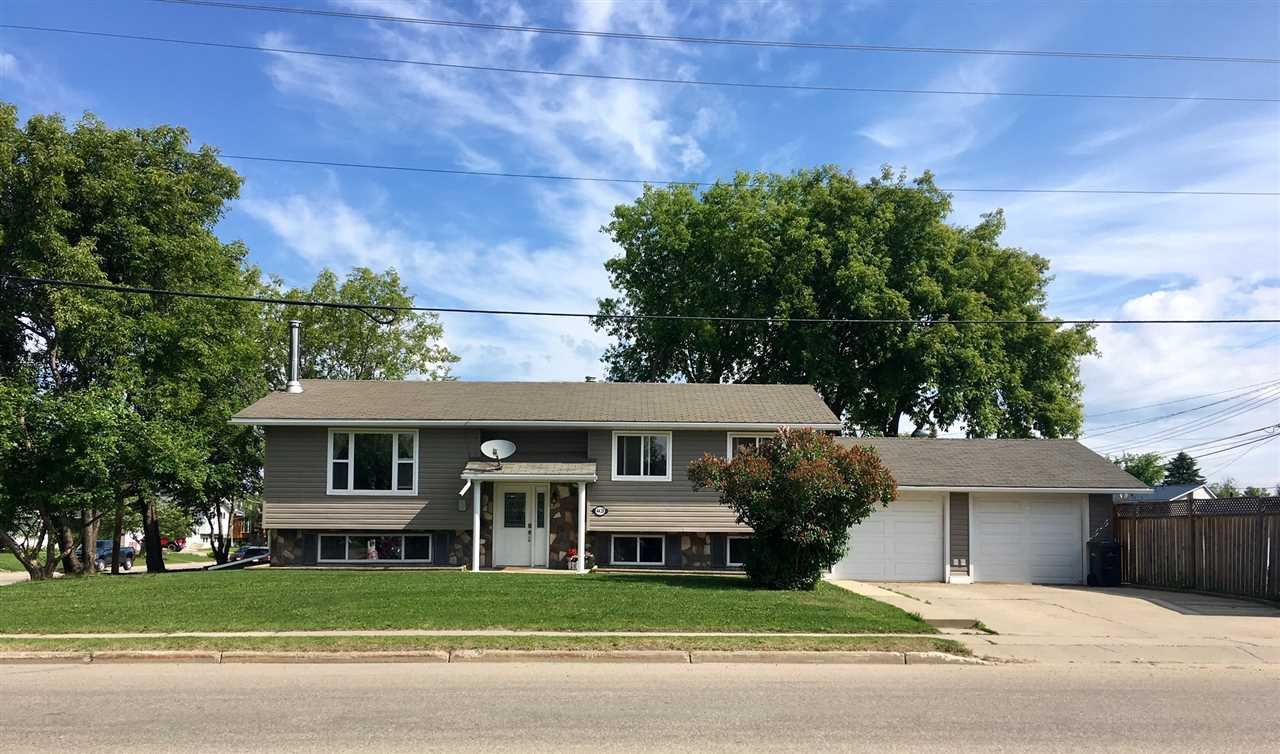 Main Photo: 4428 50 Avenue: Cold Lake House for sale : MLS®# E4149241