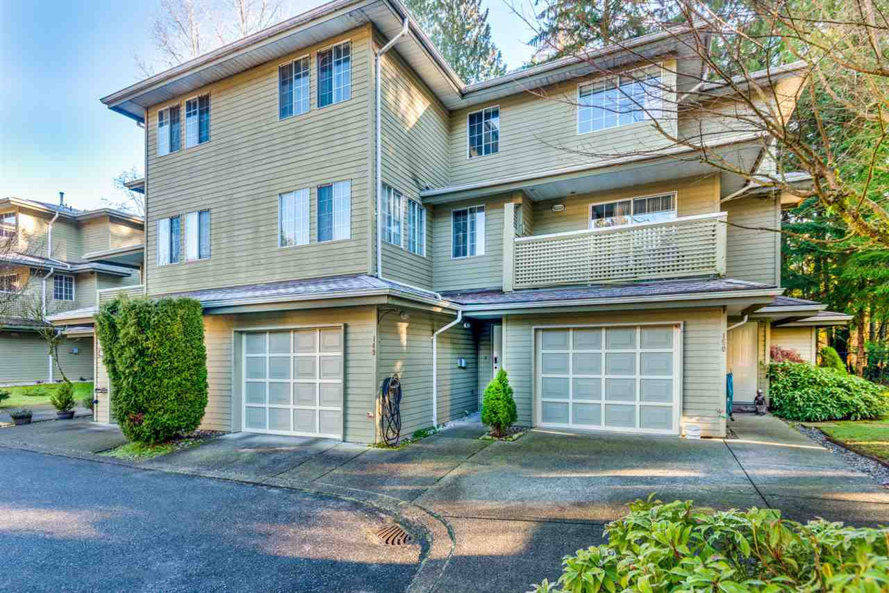 "Main Photo: 149 1386 LINCOLN Drive in Port Coquitlam: Oxford Heights Townhouse for sale in ""MOUNTAIN PARK VILLAGE"" : MLS®# R2359767"