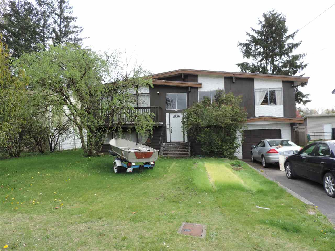 Photo 4: Photos: 7546 MARTIN Place in Mission: Mission BC House for sale : MLS®# R2360102