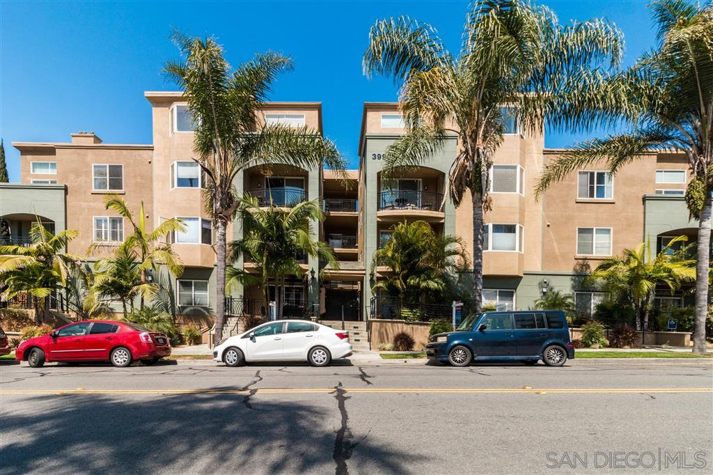 Main Photo: HILLCREST Condo for sale : 2 bedrooms : 3990 Centre St #101 in San Diego