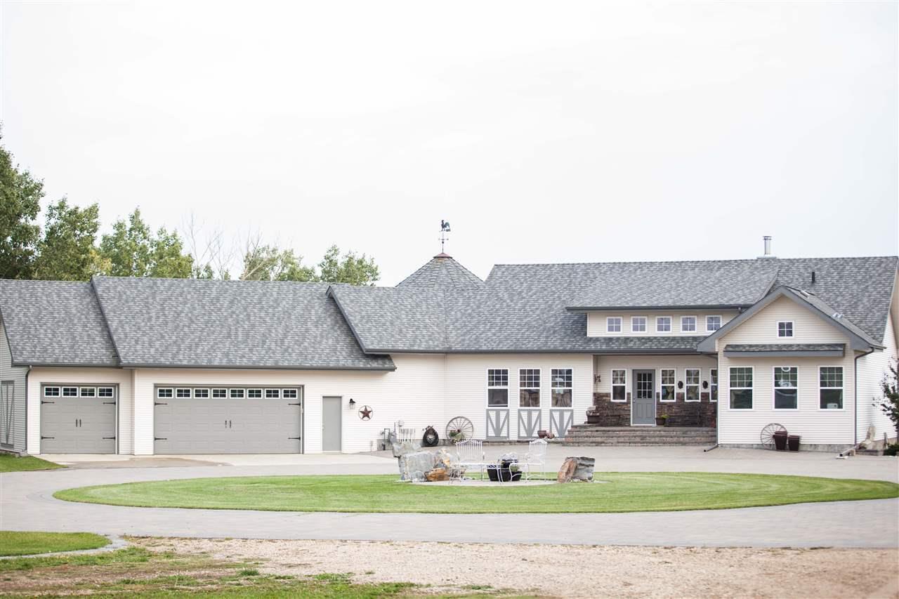 Main Photo: 24315 TWP RD 552: Rural Sturgeon County House for sale : MLS®# E4156902