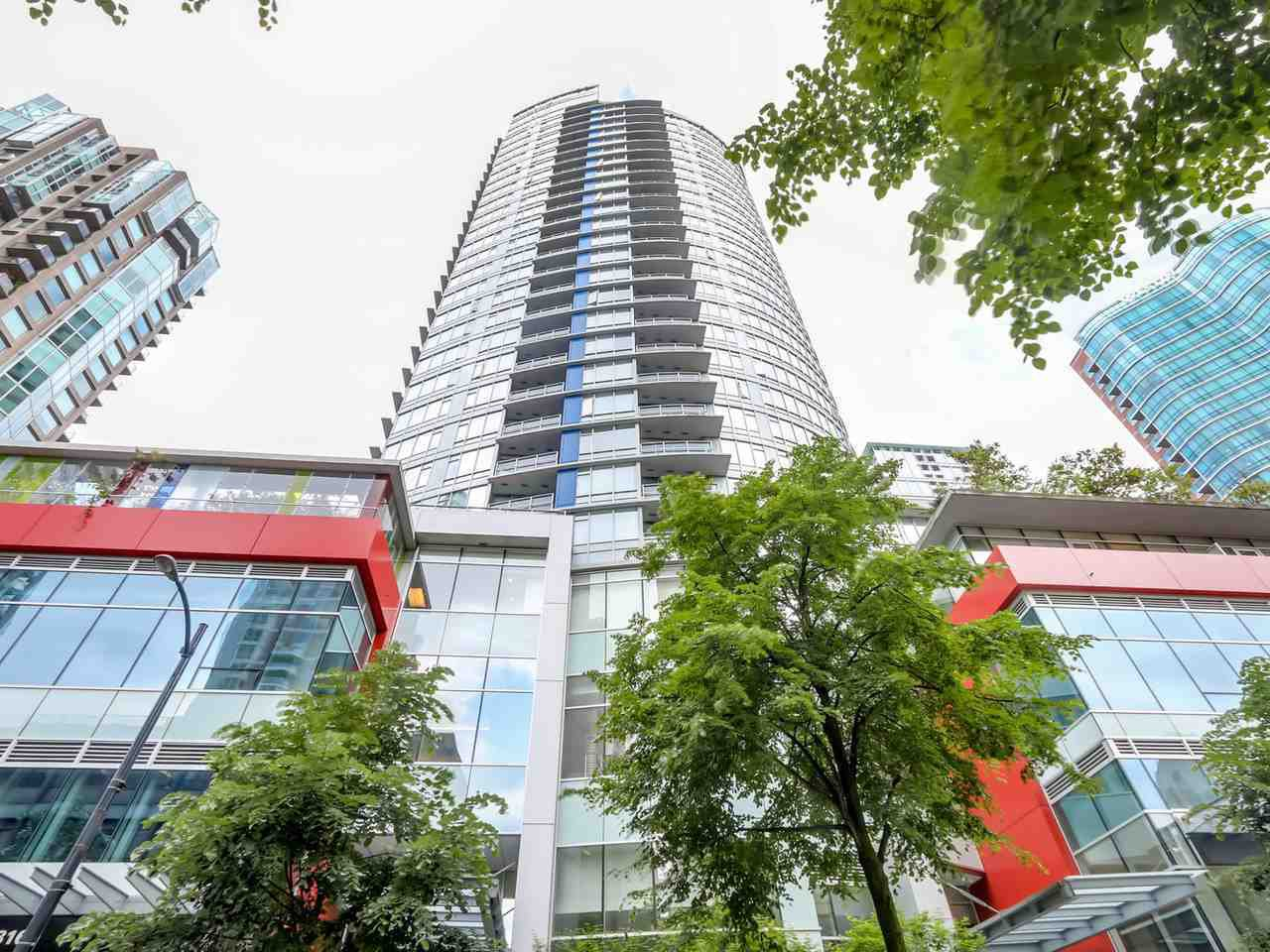 "Main Photo: 1002 833 HOMER Street in Vancouver: Downtown VW Condo for sale in ""ATELIER"" (Vancouver West)  : MLS®# R2422565"