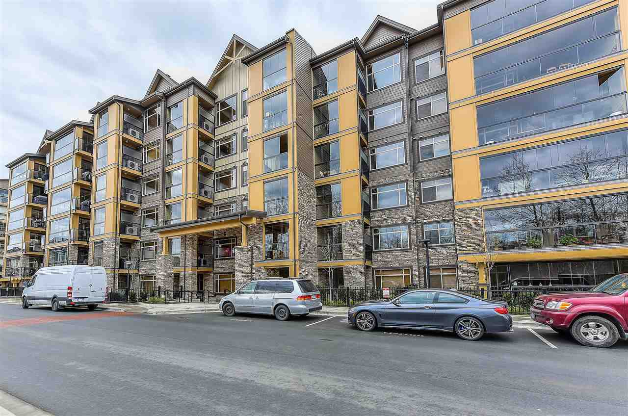 "Main Photo: 316 8157 207 Street in Langley: Willoughby Heights Condo for sale in ""YORKSON PARKSIDE 2"" : MLS®# R2433194"