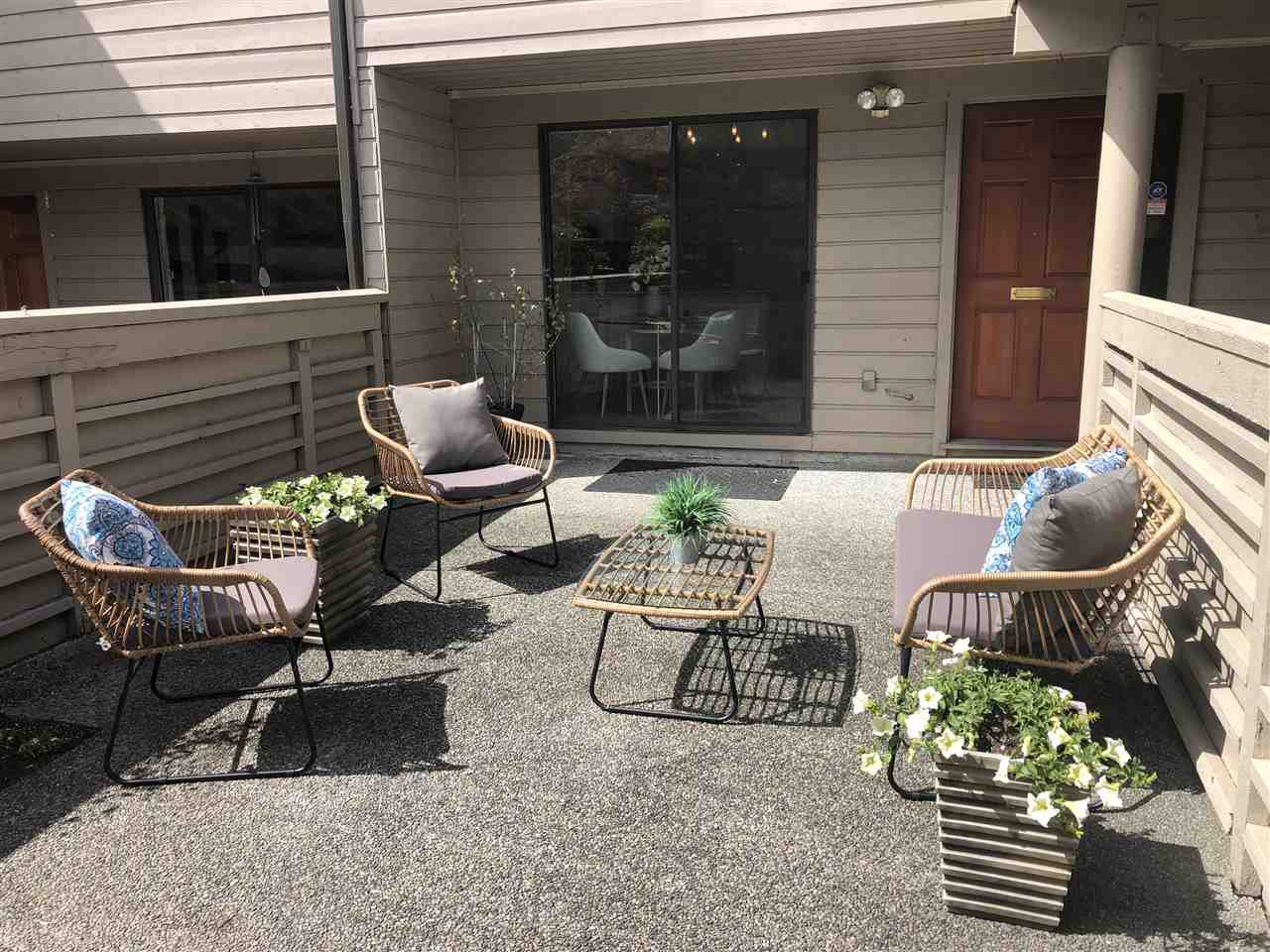 Photo 6: Photos: 2159 MCMULLEN Avenue in Vancouver: Quilchena Townhouse for sale (Vancouver West)  : MLS®# R2455599