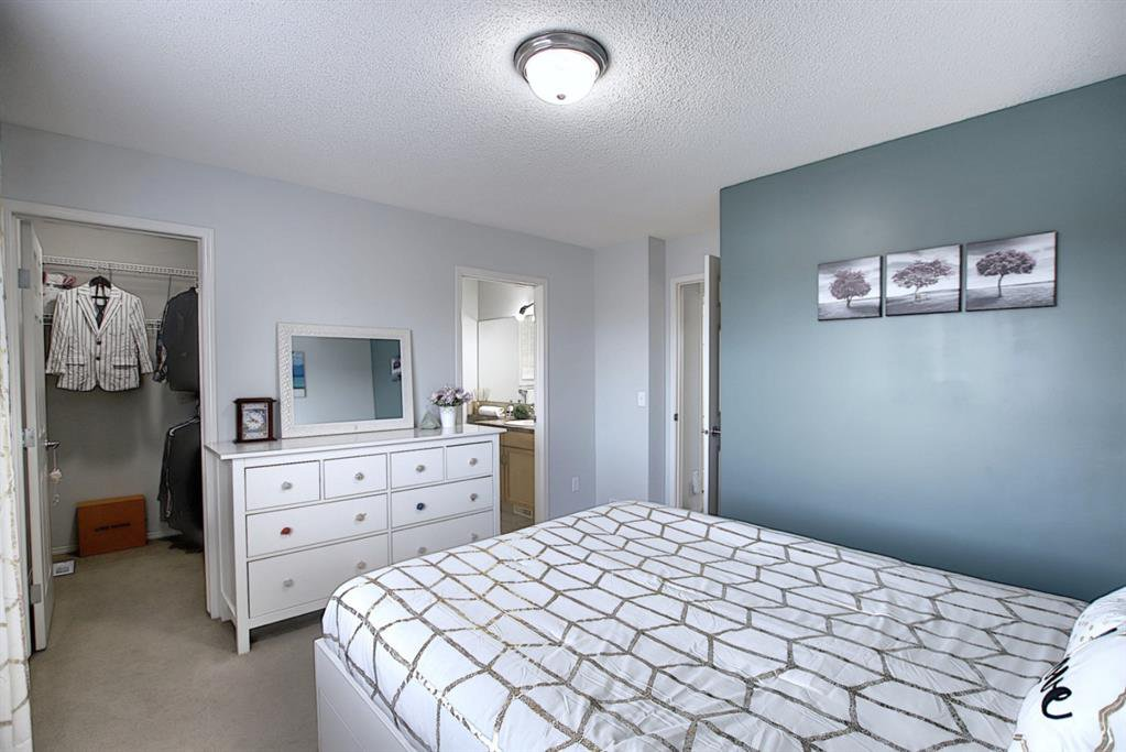 Photo 11: Photos: 646 EVERMEADOW Road SW in Calgary: Evergreen Detached for sale : MLS®# A1023171