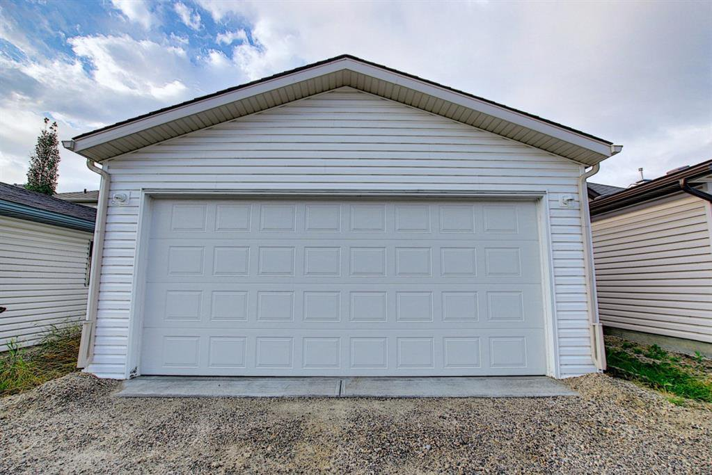 Photo 39: Photos: 646 EVERMEADOW Road SW in Calgary: Evergreen Detached for sale : MLS®# A1023171