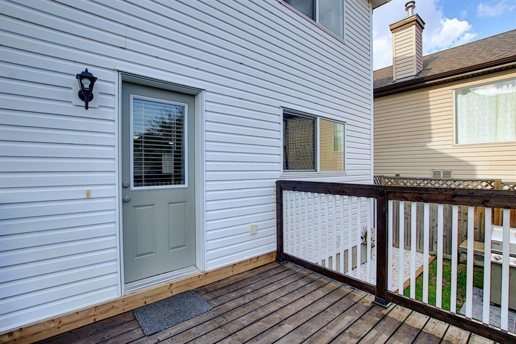 Photo 19: Photos: 646 EVERMEADOW Road SW in Calgary: Evergreen Detached for sale : MLS®# A1023171
