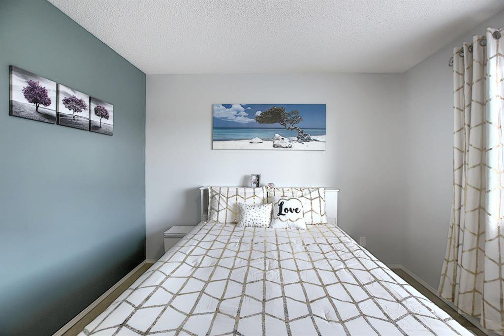 Photo 24: Photos: 646 EVERMEADOW Road SW in Calgary: Evergreen Detached for sale : MLS®# A1023171