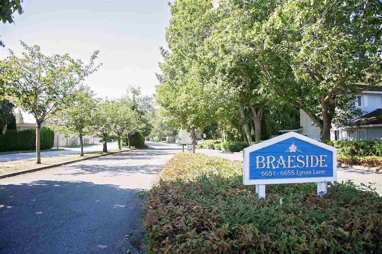 "Main Photo: 111 6651 LYNAS Lane in Richmond: Riverdale RI Condo for sale in ""BRAESIDE"" : MLS®# R2498289"