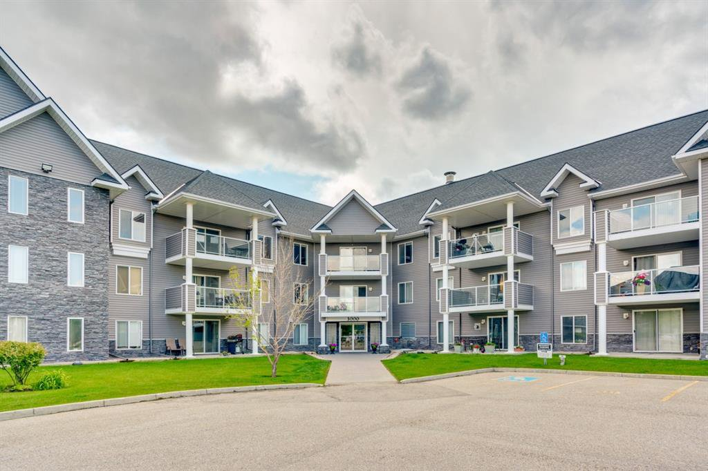 Main Photo: 3303 TUSCARORA Manor NW in Calgary: Tuscany Apartment for sale : MLS®# A1036572