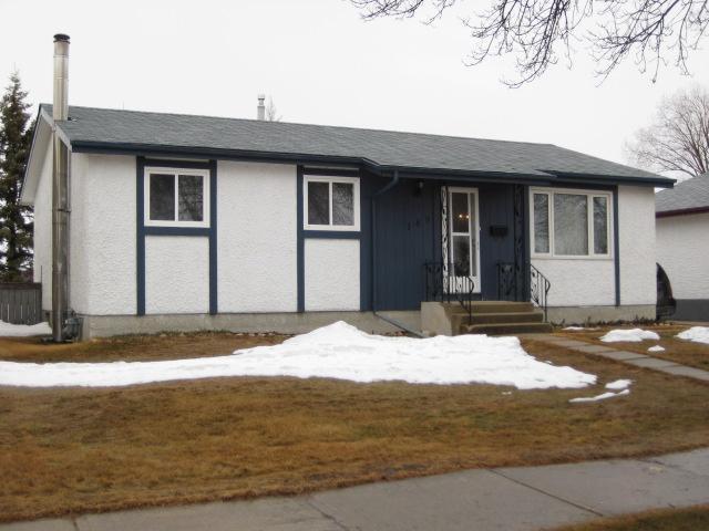 Main Photo: 189 MAPLEGLEN Avenue in WINNIPEG: Maples / Tyndall Park Residential for sale (North West Winnipeg)  : MLS®# 1105565