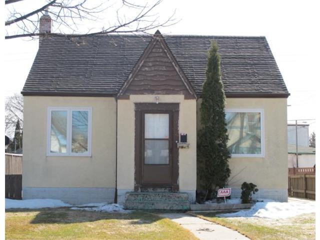 Photo 2: Photos:  in WINNIPEG: East Kildonan Residential for sale (North East Winnipeg)  : MLS®# 1106010