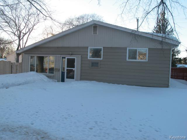 Main Photo:  in WINNIPEG: East Kildonan Residential for sale (North East Winnipeg)  : MLS®# 1405444