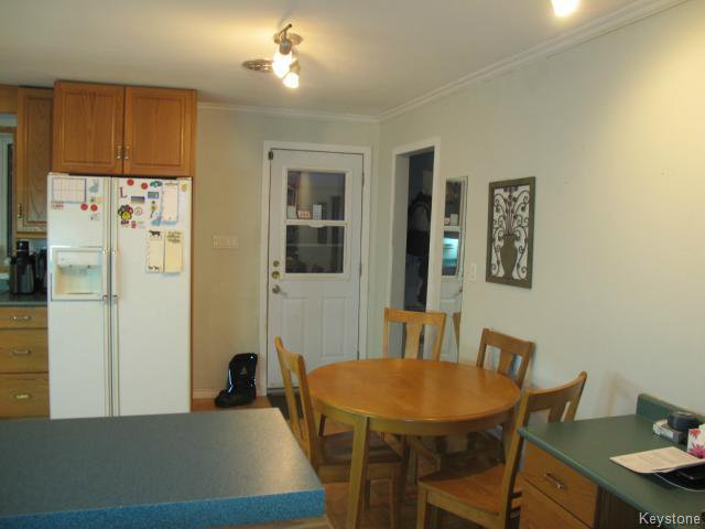 Photo 6: Photos:  in WINNIPEG: East Kildonan Residential for sale (North East Winnipeg)  : MLS®# 1405444