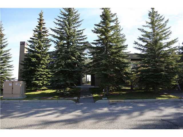 Main Photo: 5 216 VILLAGE Terrace SW in CALGARY: Prominence_Patterson Condo for sale (Calgary)  : MLS®# C3607574